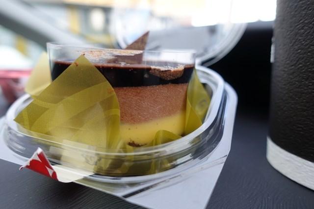 2 ベルガモット香るチョコレートケーキ&ひとくちチョコわらび餅 (6)