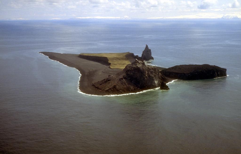 【アリューシャン】アラスカで火山が噴火…一時、警戒レベルを最高水準に引き上げ