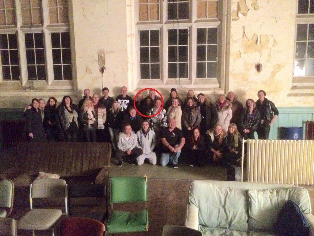 【閲覧注意】撮影した集合写真に「笑顔の幽霊」が紛れ込む…怪奇現象が起きることで有名なイギリスにある廃墟の孤児院