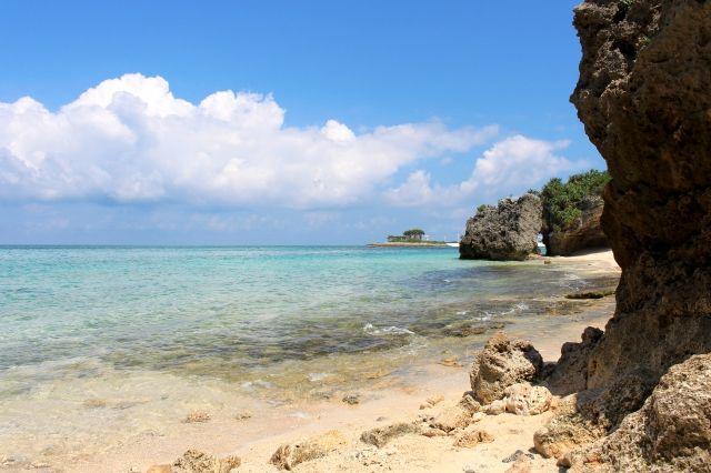 沖縄・那覇市で気温「28.2℃」の夏日に…12月では「102年ぶり」の最高気温