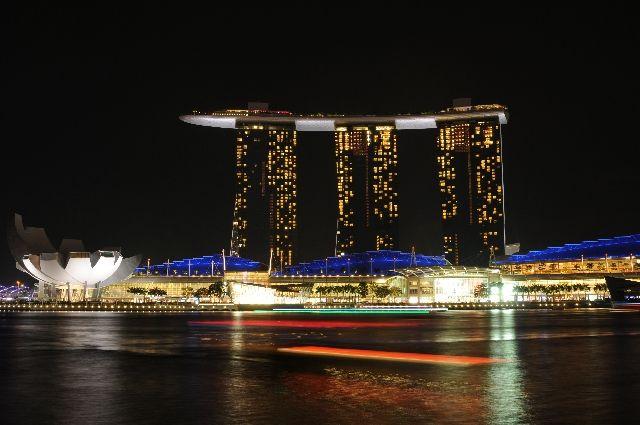 【移住】シンガポールに移民しないか?「税金が安い。原発も地震もない。差別もない。治安も良い」最高の国だぞ