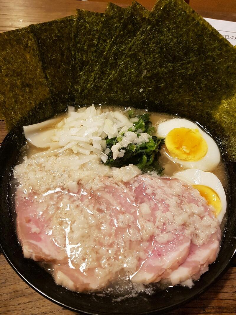 「背脂煮干し」 琉球チルダイ(那覇市)