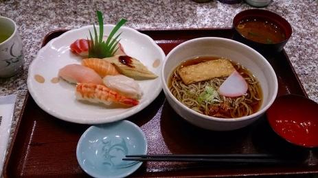 Kariya_fuji_sushi_02.jpg