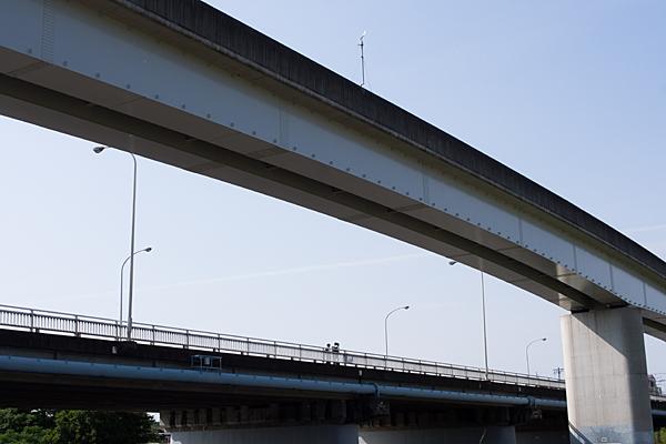 ゆとりーとライン高架と宮前橋
