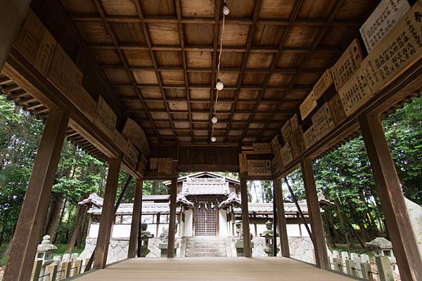 多度神社神楽殿拝殿
