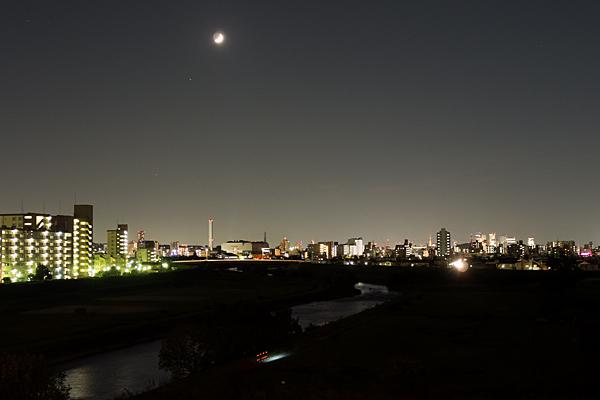 矢田川夜景と月と金星