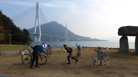 サイクリストの聖地で再度、、ポーズ(^ω^;)