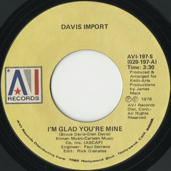 SL_DAVIS IMPORT_IM GLAD YOURE MINE _201702