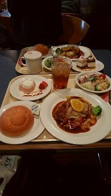 シ-食事1
