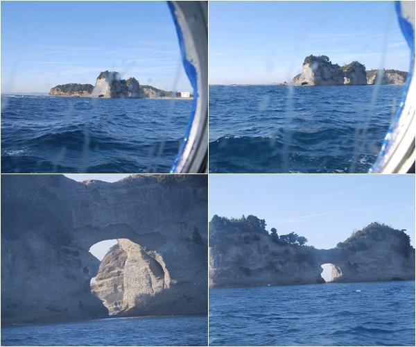 窓から見た円月島