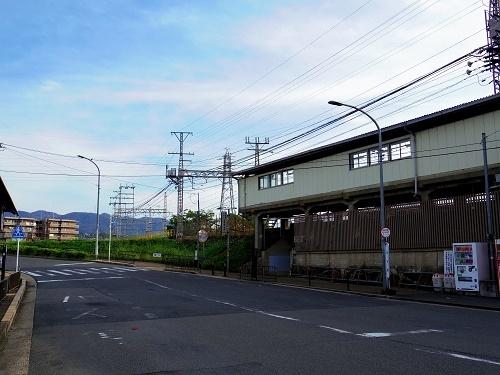 IMGP1877_六地蔵駅前2