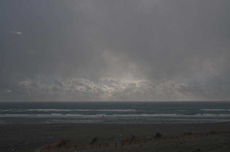 そして、吹雪の海
