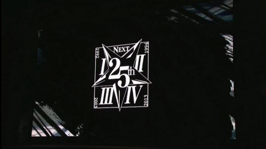 12700333.jpg