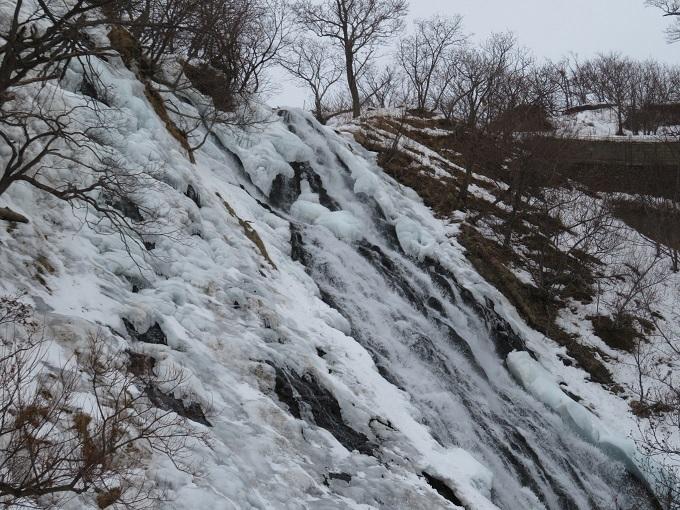オシンコシンの滝 (3)