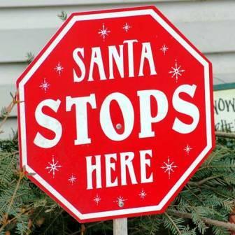 20161207santa_stop_sign.jpg