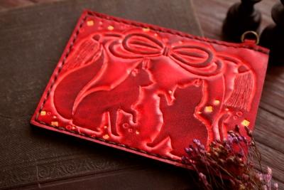 赤い狐と猫のパスケース