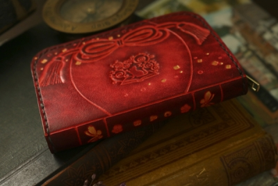 赤い狐と猫のコインケース