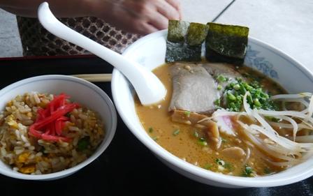 竹造:味噌ラーメン、ミニ炒飯