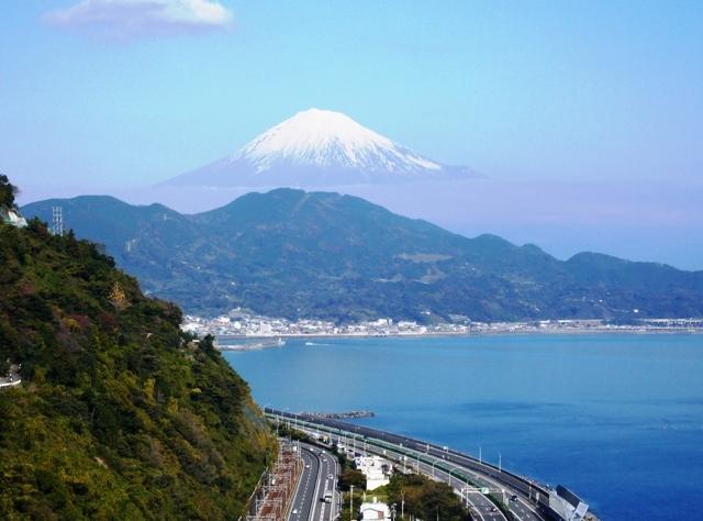 さった峠からの富士山