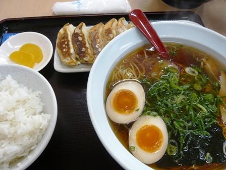 丸岩ラーメン:味玉ラーメン・餃子セット1