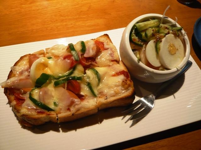 長八珈琲店:ピザトーストセット