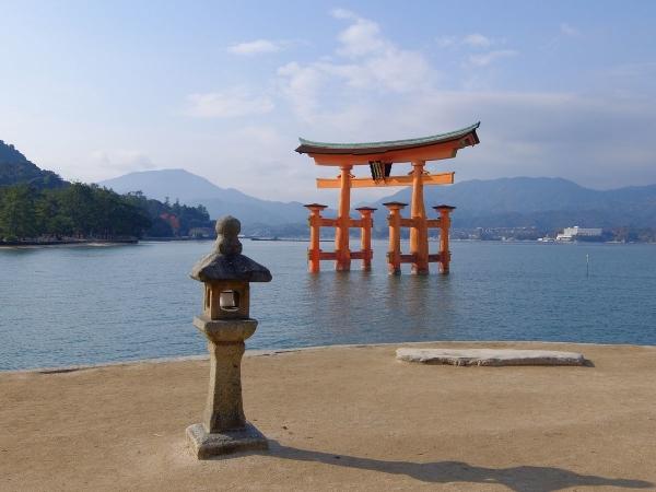 厳島神社2〔フリー写真〕