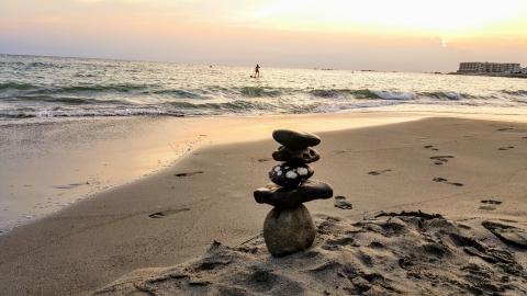 sandyspa-stone.jpg