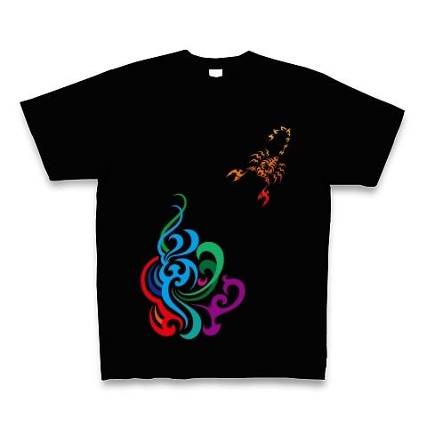 サソリと炎のトライバル Tシャツ-黒