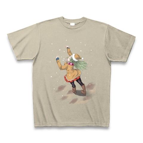 雪の降る日に空を見上げる女性のイラスト Tシャツ