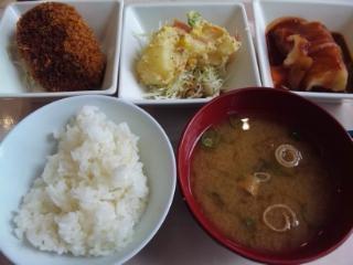 神戸学院 学食 20161116