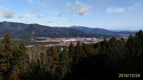 松尾山頂より