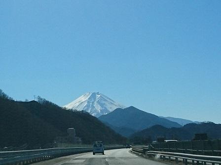 17-02-03_01新倉山