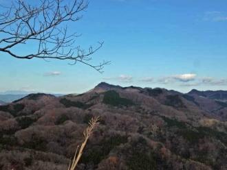 山頂からの奥久慈男体山