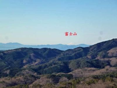 土岳の山頂から