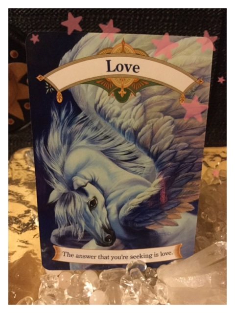天使占い その答えは愛ですと天使は教えています 今日のオラクルカード 天使の羽
