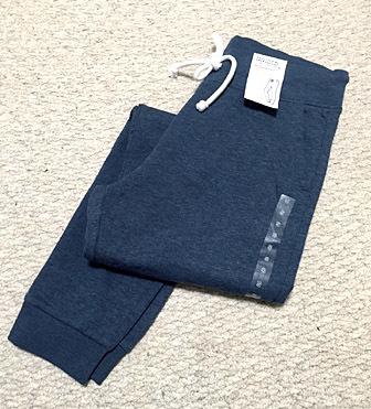H&Mにて、裏起毛パンツを購入。