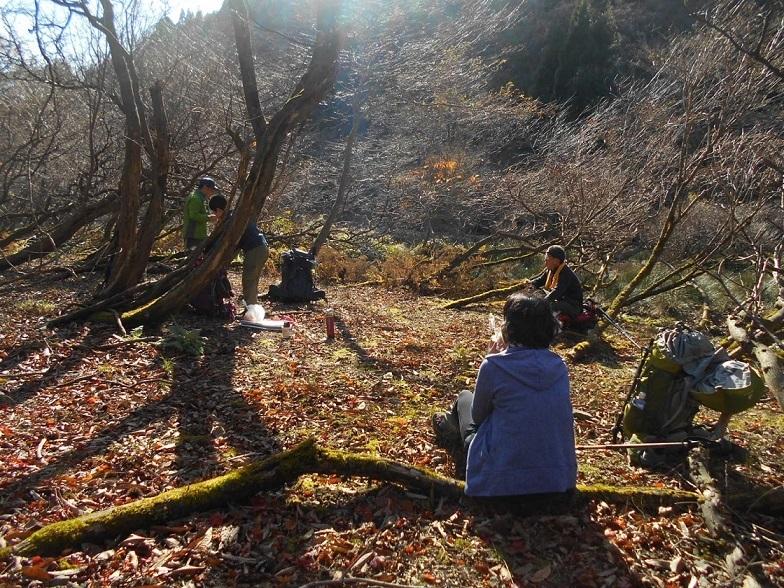 4 能登郷跡で日だまりランチ(天増川源頭附近)
