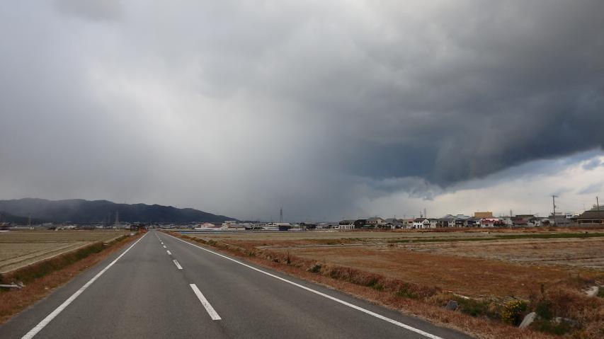 播磨灘で湧いた雪雲