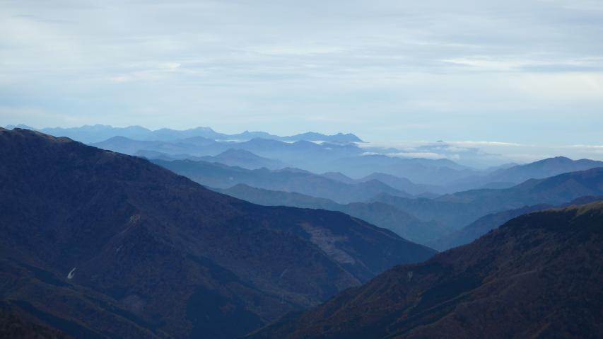 石鎚山が見えています