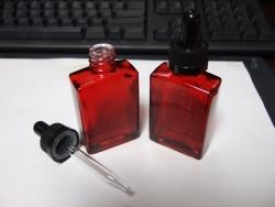 赤ボトルスポイト部