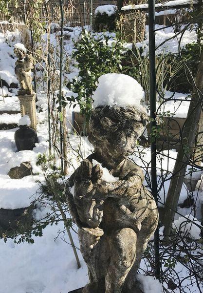 1,17雪の庭ー5
