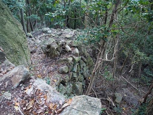 東登り石垣1