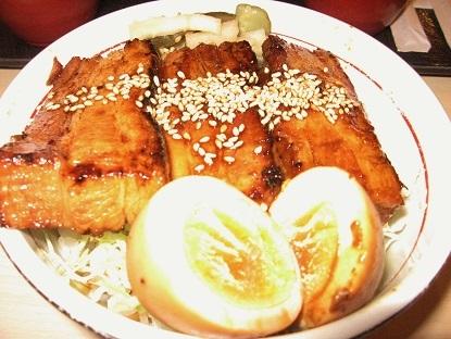 とろみ焼き豚丼です