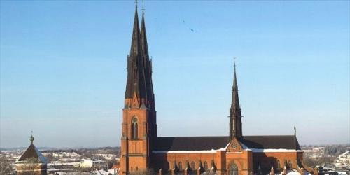 冬のウプサラ大聖堂_R