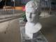 石膏の塑像