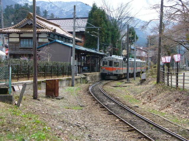 加賀一宮駅1