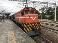 知本で機関車170113