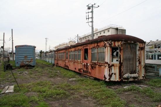 ⑩比奈廃車1 (550x367)