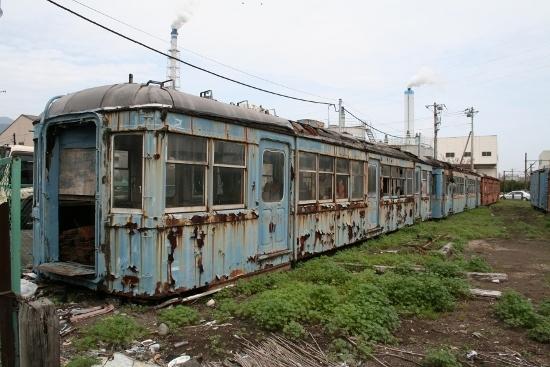 ⑪比奈廃車2 (550x367)