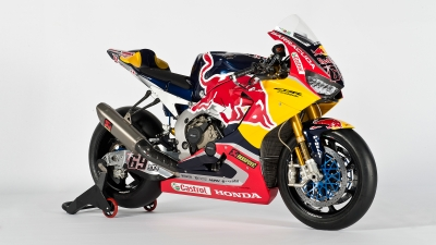 Red-Bull-Honda_Static-Bike2017__GB48868.jpg
